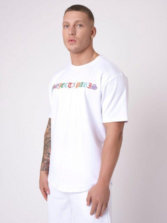 Tee-shirt style gothique coloré
