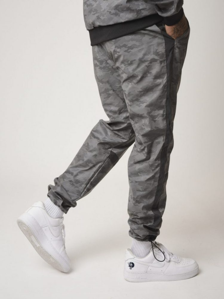 pantalon-de-jogging-bi-matiere-reflechissante-motif-camouflage-2040091 (3)